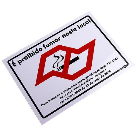 placa sinalizadora de proibido fumar com mapa de são paulo