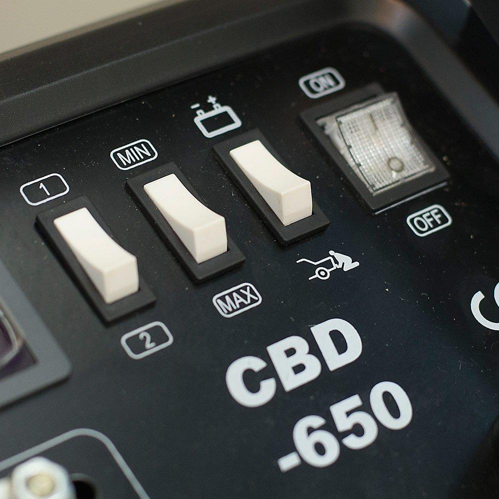 Carregador de Bateria 12/24V com Auxiliar de Partida 400A  com Amperímetro Digital - Imagem zoom