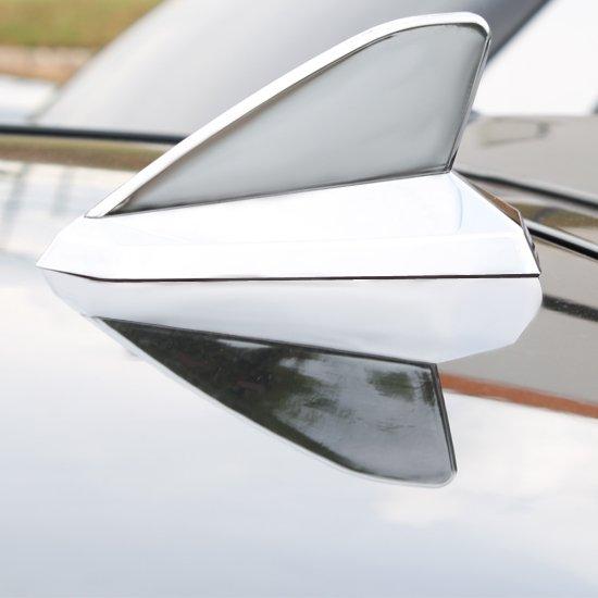 Antena Decorativa Tipo Tubarão Cromada - Imagem zoom